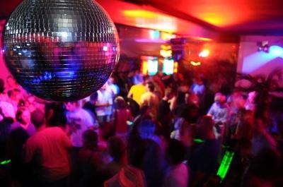 Party (Nik-Styles pixelio)